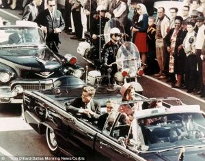 ASSASSINATION – KENNEDYPRESIDENT.The presidential motorcade thruDallas a few moments be4 JFKennedy,35thPresident of theUnitedStates,was shot on 22.11.1963.WORDPRESS